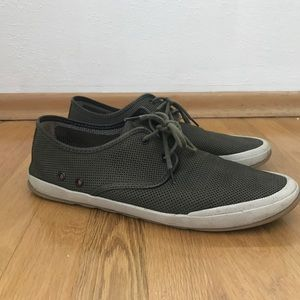 J & M lightweight lake boat casual shoes